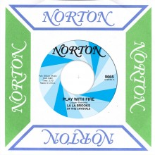 La La Brooks/The Piggies - split 7: (Norton Records)